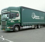 Tautliner truck picture