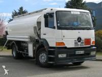 Foto camion cisterna
