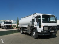 Foto camião cisterna