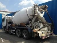 Zdjęcia ciężarówka beton