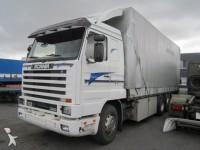 Zdjęcia ciężarówka plandeka