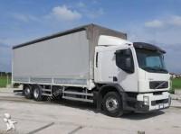 Vrachtwagen bakwagen met zeilwanden