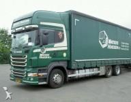 Foto vrachtwagen tautliner